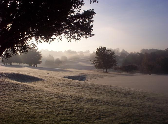 cold frozen landscape golf course purley downs park fog foggy morning
