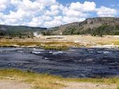 yellowstone-national-park-wyoming-215178.jpg