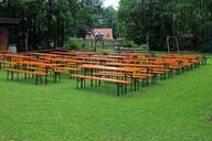 seat-beer-garden-seating-benches-373199.jpg