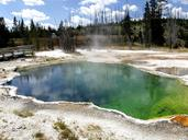 yellowstone-national-park-wyoming-144086.jpg