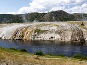 yellowstone-national-park-wyoming-215176.jpg
